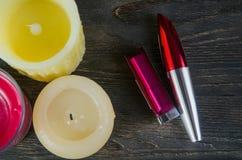 Kosmetik und Kerzen Lizenzfreie Stockfotografie