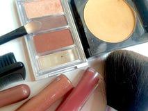 Kosmetikmake-upzusammenstellung Lizenzfreie Stockfotografie
