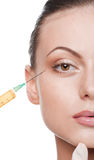 Kosmetische botoxinjectie in het schoonheidsgezicht royalty-vrije stock fotografie