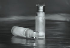 Kosmetische containers voor room, serum, en gel Royalty-vrije Stock Fotografie