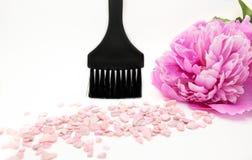 Kosmetische die borstel voor make-up op witte achtergrond wordt geïsoleerd Royalty-vrije Stock Afbeelding
