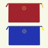 Kosmetische zak in rode en blauwe kleuren Royalty-vrije Stock Foto's