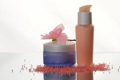 kosmetisk lotion set w för flaskor Arkivbild
