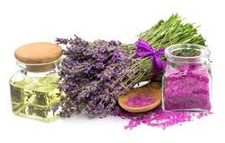 Kosmetisk naturprodukt, lavendel, olja, salt arom royaltyfri foto