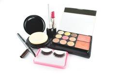 Kosmetiska produkter på vit bakgrund Arkivfoton