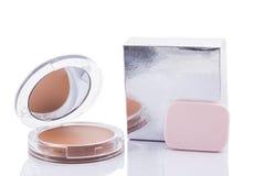 Kosmetiska produkter som isoleras över vit bakgrund Royaltyfria Bilder
