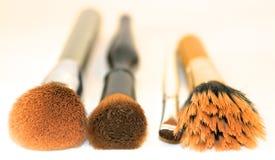 Kosmetiska sminkborstar Arkivfoton