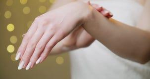 Kosmetyczna ręki śmietanka zbiory wideo