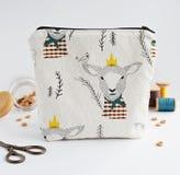 Kosmetyczna torba z barankiem fotografia royalty free