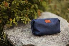 Kosmetyk torba na kamieniu Naturalny produkt od skóry Fotografia Stock