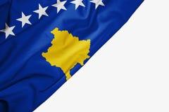 Kosowo flaga tkanina z copyspace dla tw?j teksta na bia?ym tle ilustracja wektor