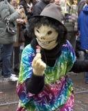 Kostüme in einer Straßenparade - Vogelscheuche Lizenzfreie Stockfotos