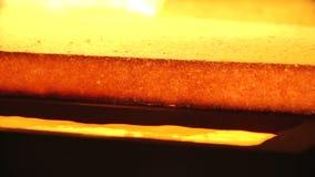 Kostbares Goldbarrenviel des Goldreichtums stock footage