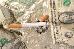 Kosten des Rauchens Stockfotografie