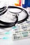 Kosten van gezondheidszorg conceptueel stilleven Stock Fotografie