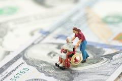 Kosten van pensionering het leven, ziektekostenverzekering of de medische industrie royalty-vrije stock afbeelding