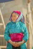 Kostiumy mniejszości etnicznych kobiety obraz stock