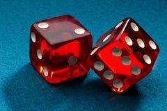 kostka do gry czerwieni rollin Fotografia Royalty Free