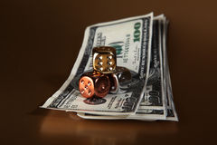 kostka do gry dolarów pieniądze ryzyko Zdjęcia Royalty Free