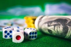 Kostka do gry gemowi w kasynie Zdjęcia Stock
