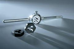 kostkowi ręki producenta śruby nici narzędzia Obraz Stock