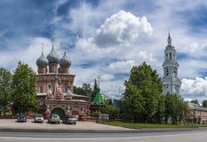 Kostroma Znamensky Kloster Die Kirche der Auferstehung auf DEB Stockbild