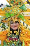 Kostuum met traditionele motieven gesneden Dayak Stock Fotografie