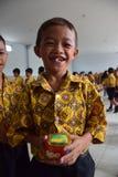 Kosza tort dla Jaśminowych pączków Uczy kogoś uczni Semarang Obrazy Stock