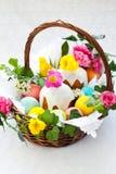 kosza tortowi Easter jajka Obraz Royalty Free