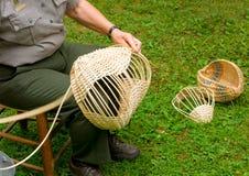 kosze robi w tradycyjnym sposobie w appalachians osadnikami zdjęcia stock