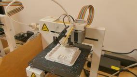 Koszt stały 2 strzał para 3D drukarki funkcjonujące w przestrzeni lab w Azja zdjęcie wideo