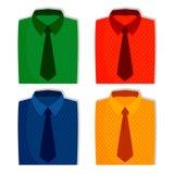 Koszula ustawiać, mężczyzna mody ilustracja Wektor kreskowe ikony fałdowe koszula w różnych kolorach ilustracja wektor