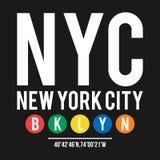 Koszulka projekt w pojęciu Miasto Nowy Jork metro Chłodno typografia z podgrodziem Brooklyn dla koszulowego druku Koszulki grafik Zdjęcie Royalty Free