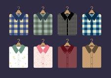 Koszulowa moda na wieszakach, Wektorowe ilustracje ilustracji