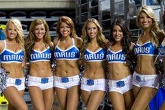 Koszykówek cheerleaders Zdjęcie Stock