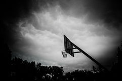 Koszykówka obręcz fotografia stock