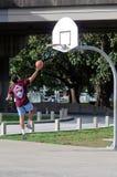 Koszykówka - odtwarzanie i sport obrazy royalty free
