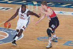 Koszykówki dopasowanie Fotografia Royalty Free