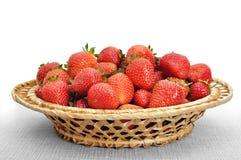koszykowa świeża truskawka Fotografia Royalty Free