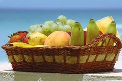 koszykowa owoców Obrazy Royalty Free