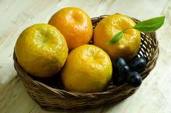 koszykowa pomarańcze Zdjęcie Stock