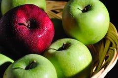 koszykowe owoc ja Zdjęcia Stock