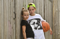 Koszykowi dzieciaki obraz stock