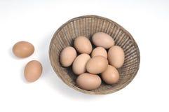 koszykowi jajka Fotografia Royalty Free