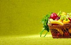 koszykowy świeży folował produkty spożywcze Obraz Royalty Free