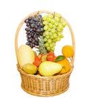 koszykowych owoc pełny odosobniony biel Obrazy Stock