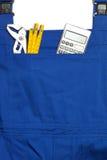 Kotłowego kostiumu pojęcie, Szuka dla mężczyzna, kalkulatora i F Przydatnych, zdjęcie royalty free