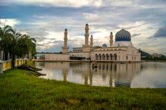 Kota Kinabalu City Floating Mosque Images libres de droits