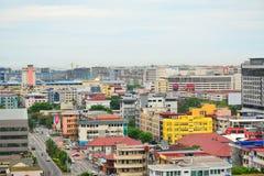 Kota Kinabalu City Overview em Malásia foto de stock royalty free