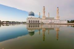 Kota Kinabalu meczet przy Sabah, Borneo, Malezja Obrazy Royalty Free